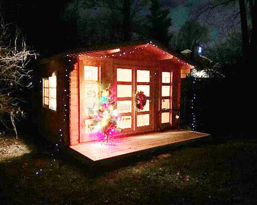 She shed on Christmas