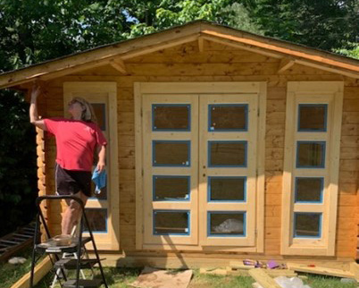 Staining shed front